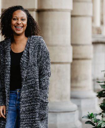 Vest van gemeleerde wol met hoodie 1